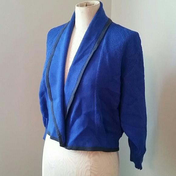 54ccb1f3412 Vintage 1980 s St. John Blue Cardigan. M 5b4102a1e944ba0721be21df